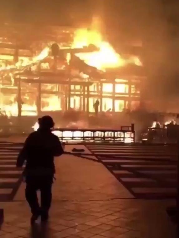 動画】首里城火災の内部から撮影された動画が出回る 撮影したの